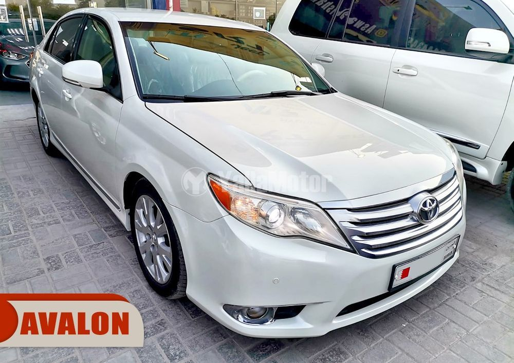 Used Toyota Avalon 2012