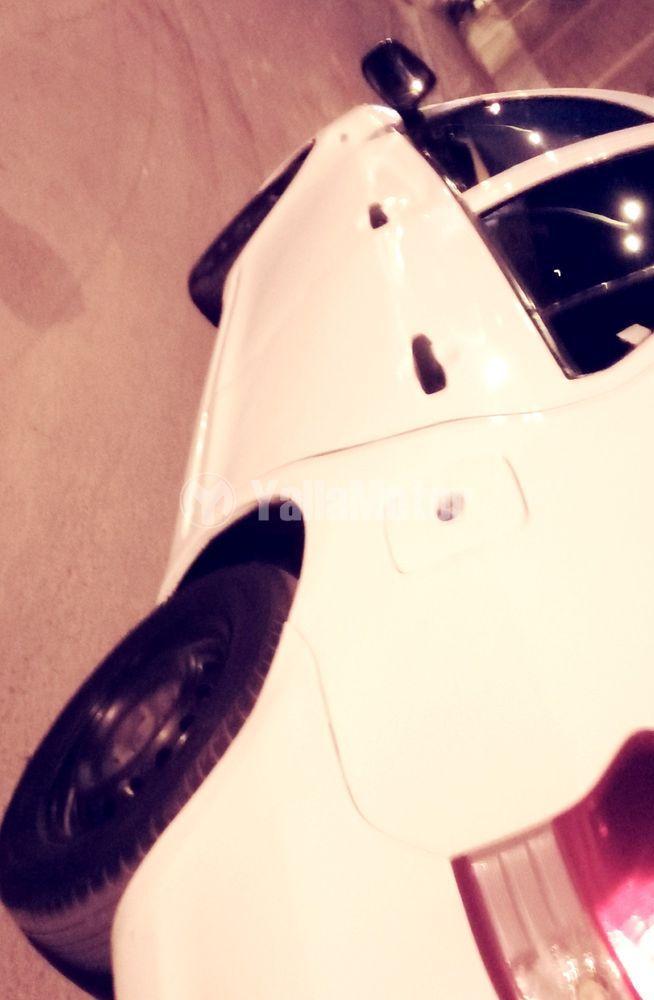 تويوتا يارس 1.3L SE 2012 مستعملة