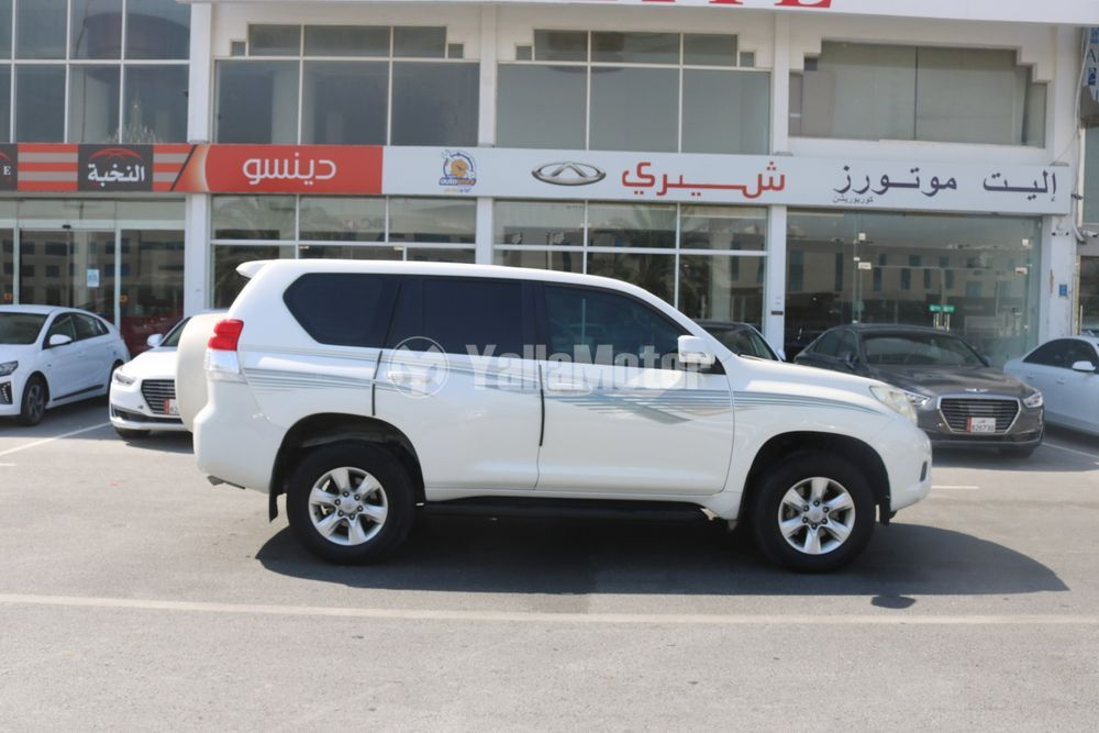 Used Toyota Land Cruiser Prado TXL 2011