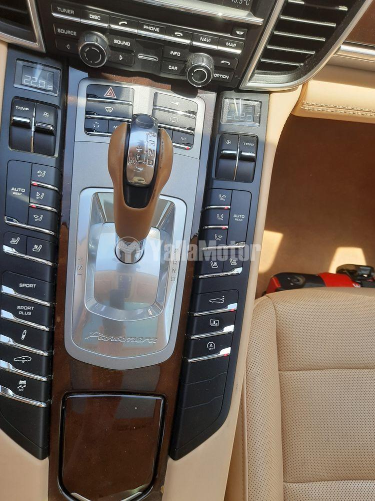 Used Porsche Panamera 4 2011