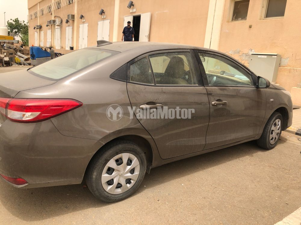 New Toyota Yaris Sedan 1.5 SE 2019