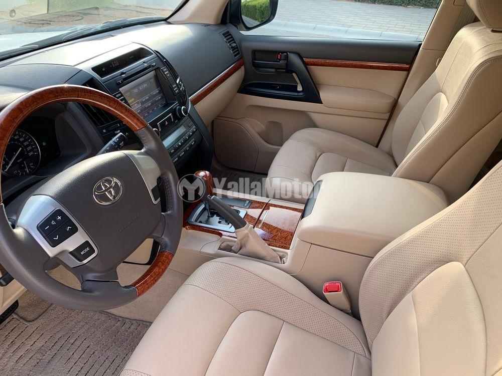 Used Toyota Land Cruiser 4.0L GXR 2013