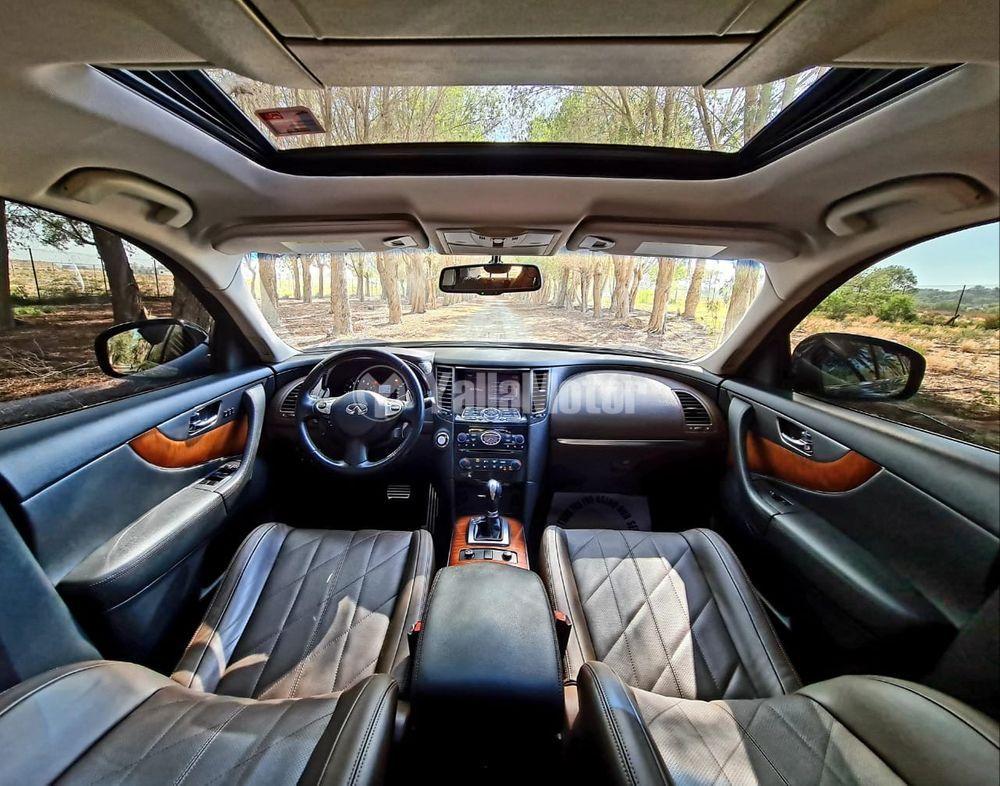 Used Infiniti QX70 3.7L Luxury 2017