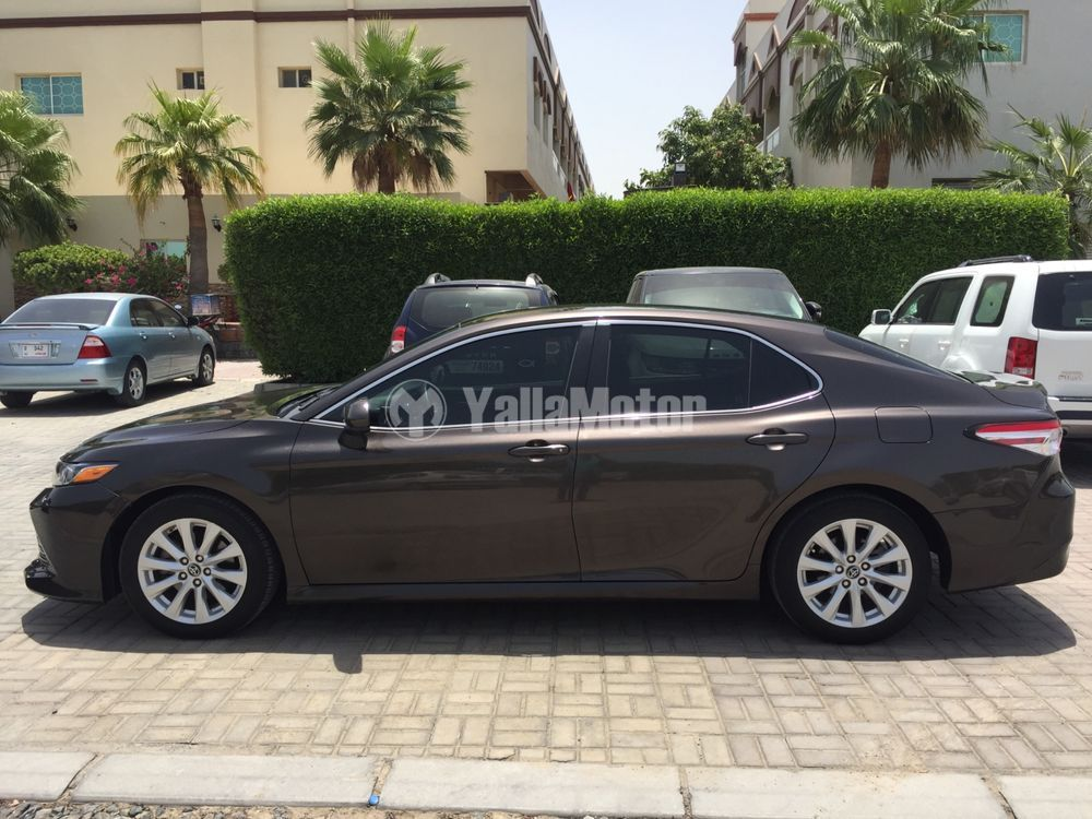 Used Toyota Camry 2.5L LE HEV 2018