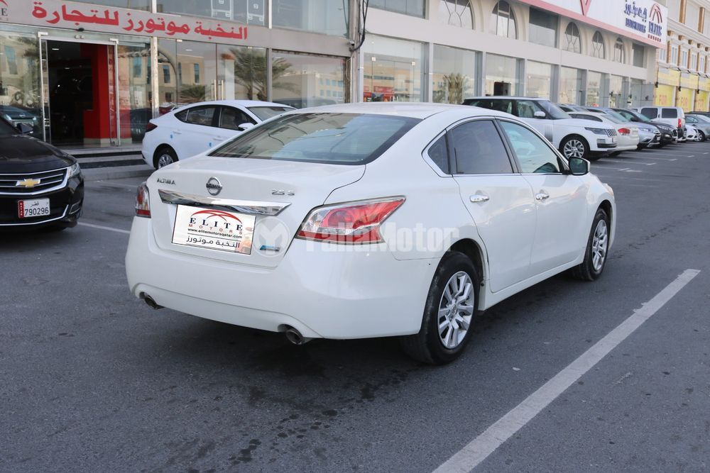 Used Nisan Altima 2.5 S 2016