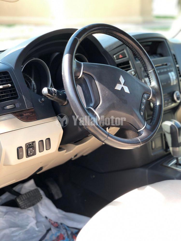 Used Mitsubishi Pajero 3.8L 5 Dor 2014