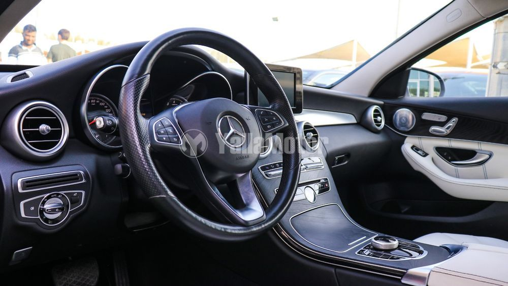 Used Mercedes-Benz 300 2017