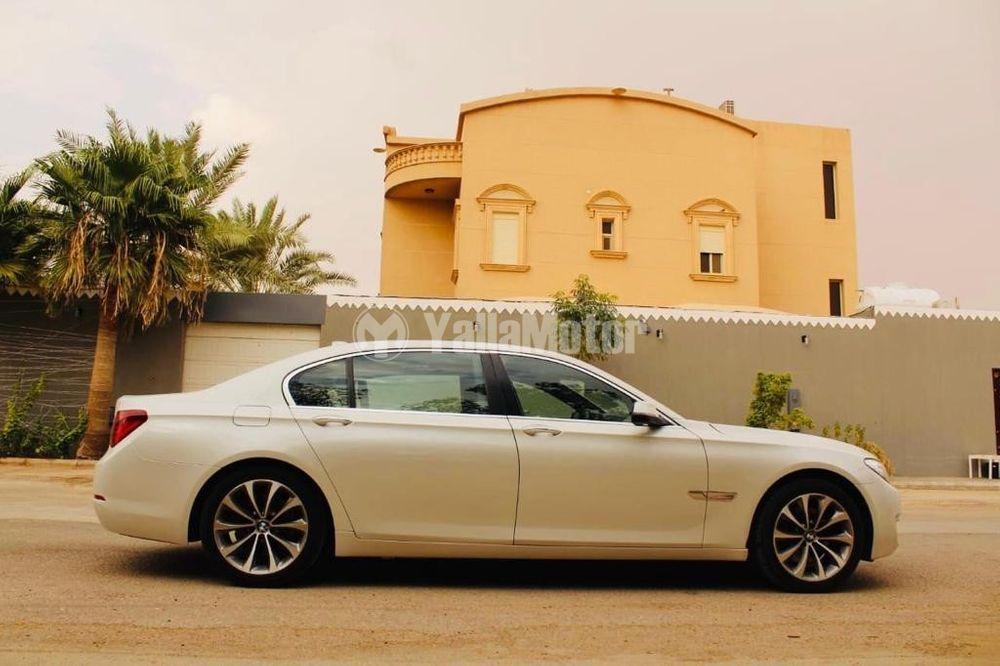Used BMW 7 Series 730d 2015