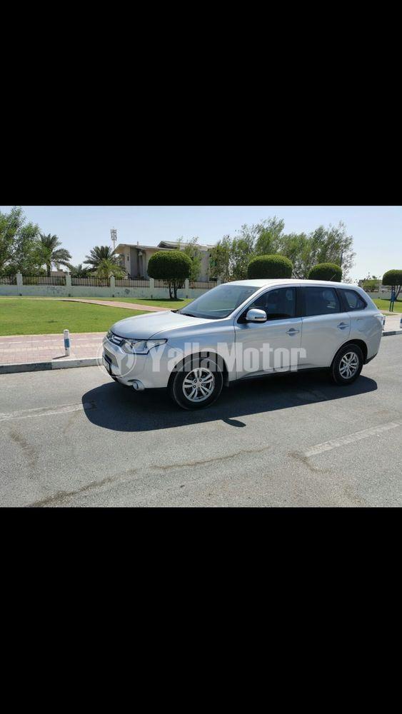 Used Mitsubishi Outlander  2.4L PHEV (S-AWD) Baseline 2014