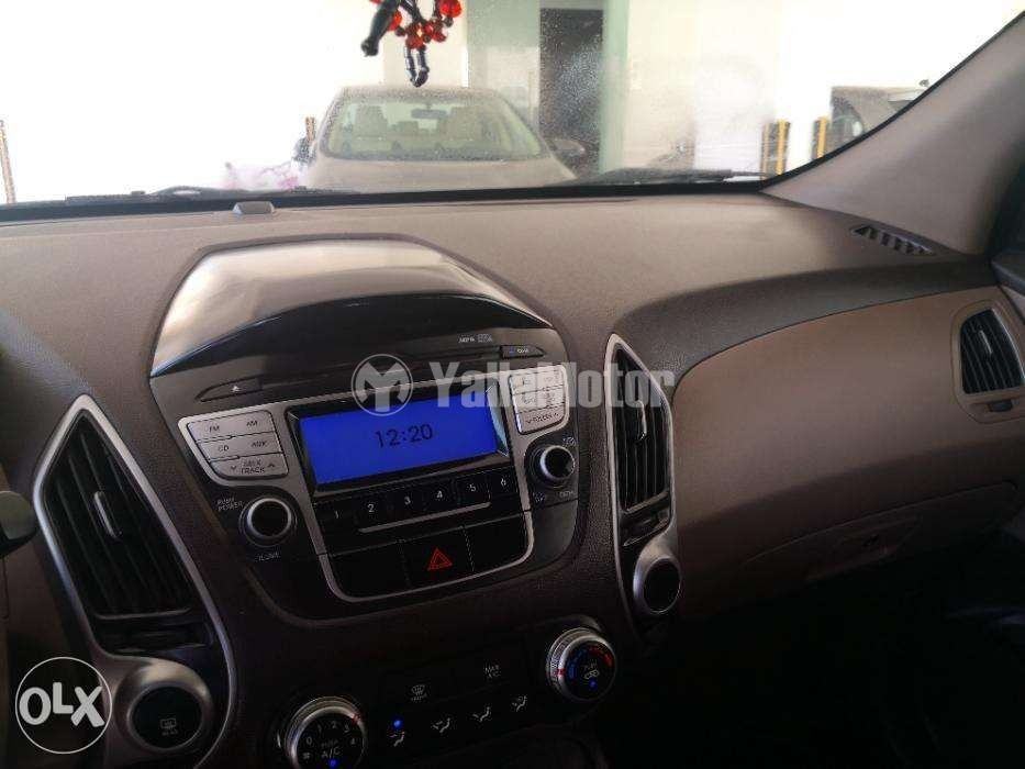 Used Hyundai Tucson  2.0L Standard (FWD) 2011