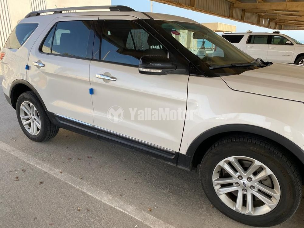 New Ford Explorer  3.5L V6 XLT (AWD) 2015