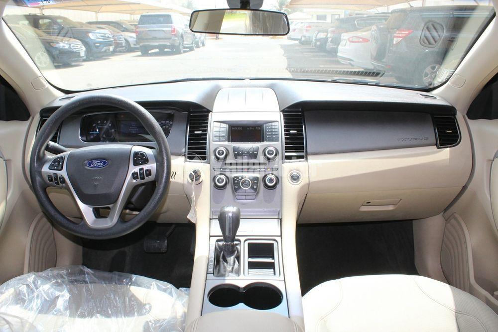 Used Ford Taurus 2013