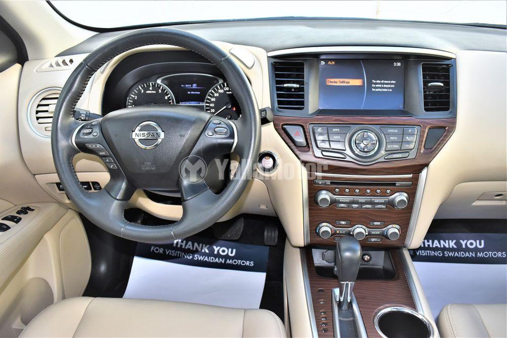 Used Nissan Pathfinder  SV (4WD) 2018