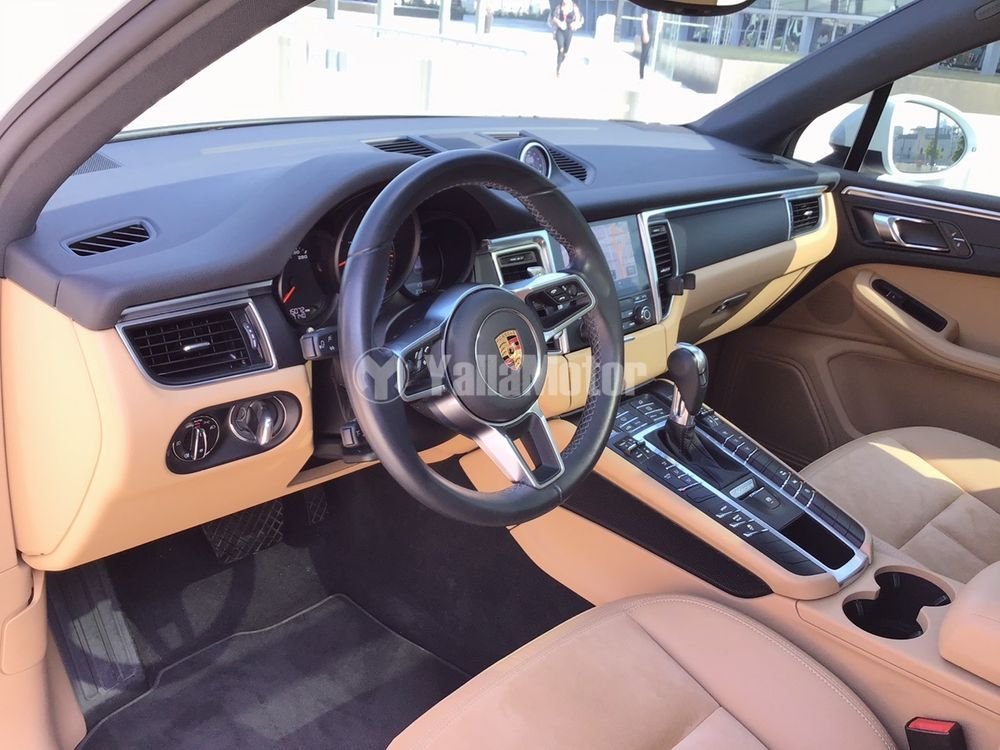 Used Porsche Macan 2017