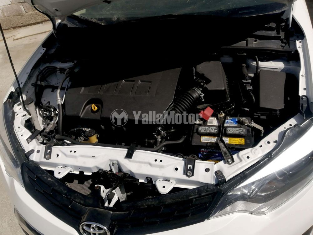 Used Toyota Corolla  2.0 L SE 2014