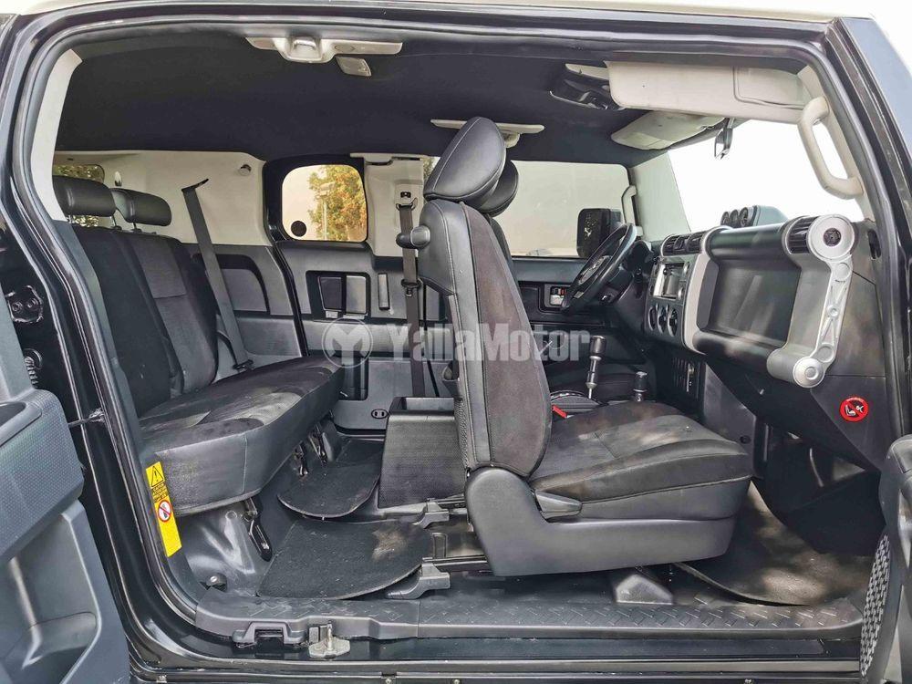 Used Toyota FJ Cruiser 4.0L GXR 2015