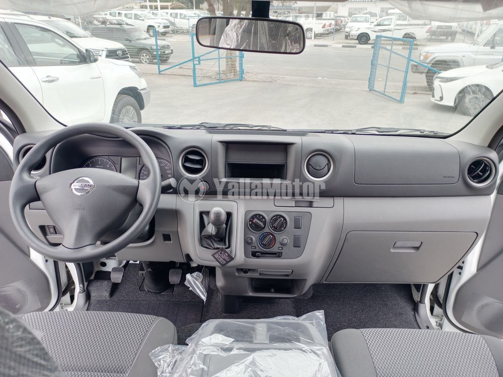 نيسان أورفان  3-Seater Manual 5-Door 2021 الجديد