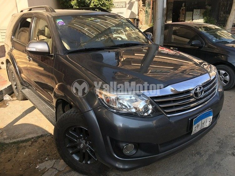 Used Toyota Fortuner 2016