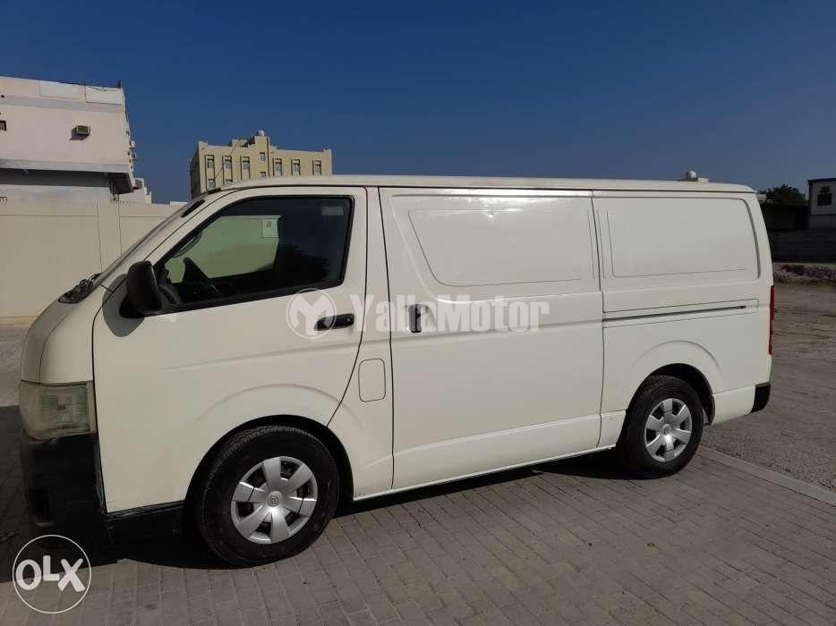 Used Toyota Hiace  Cargo Van 2013