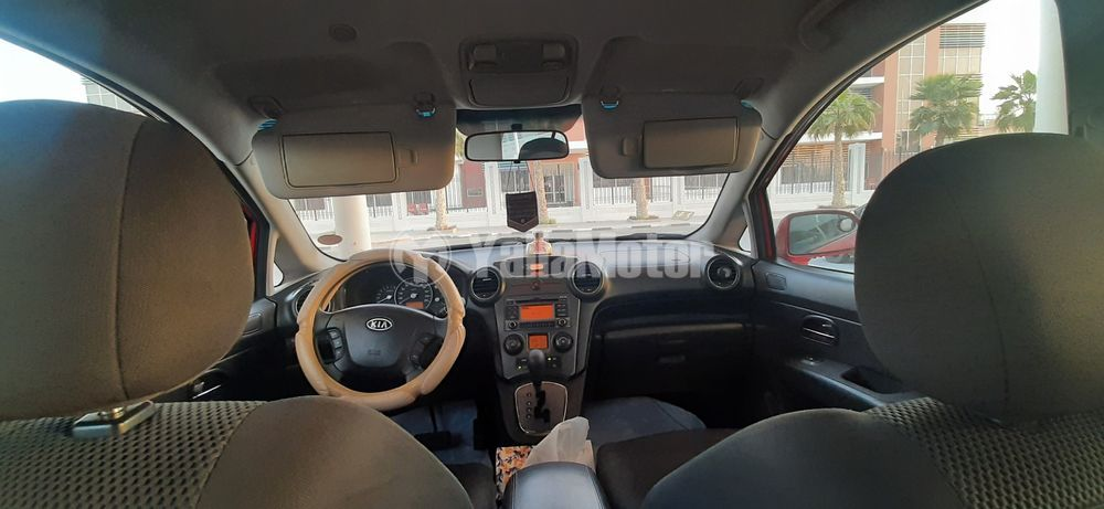 Used Kia Carens  1.6L Mid Option 2011