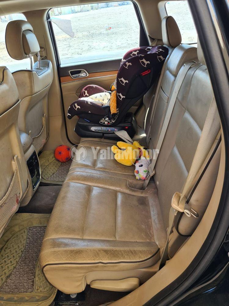 Used Jeep Grand Cherokee  5.7L Overland 2012