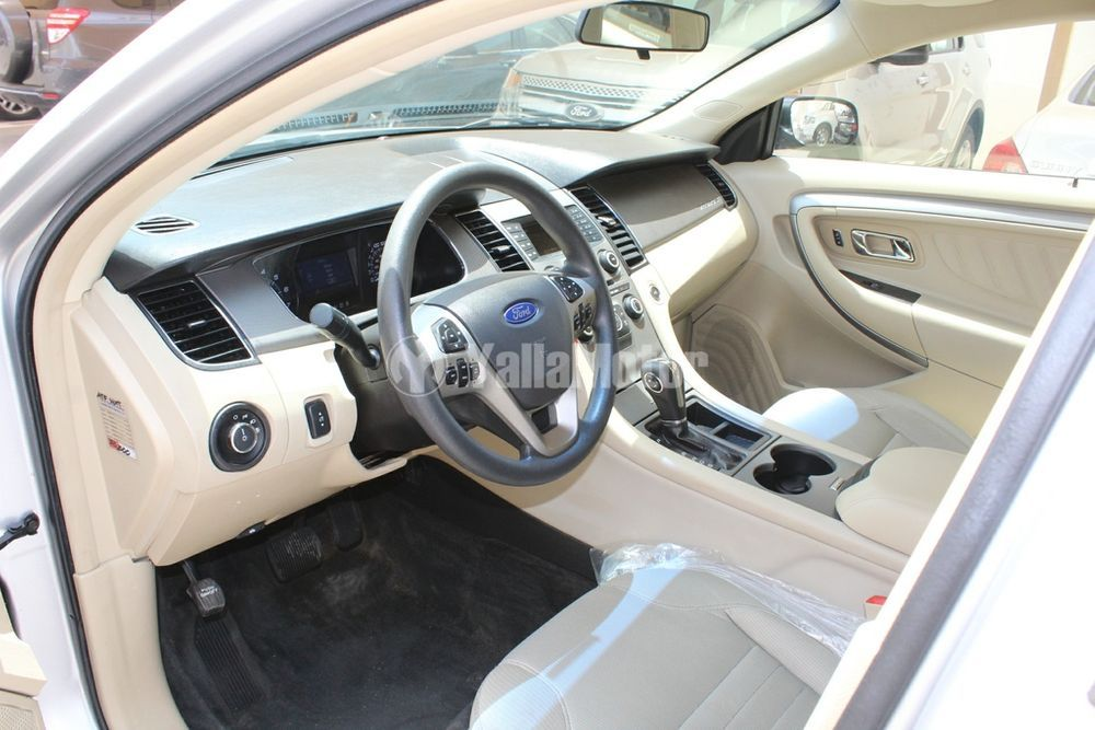 Used Ford Taurus 2015