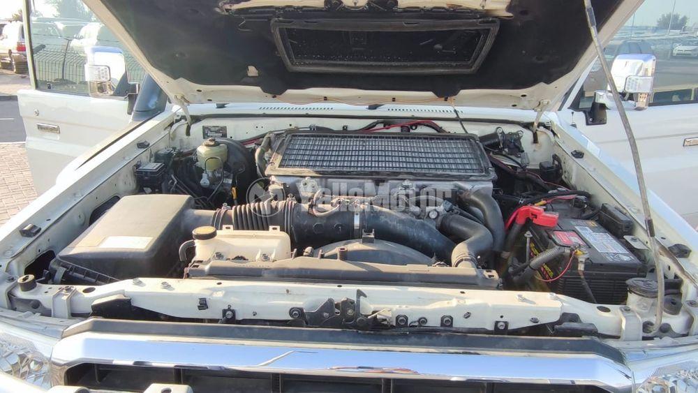 Used Toyota Land Cruiser Pick Up 2016