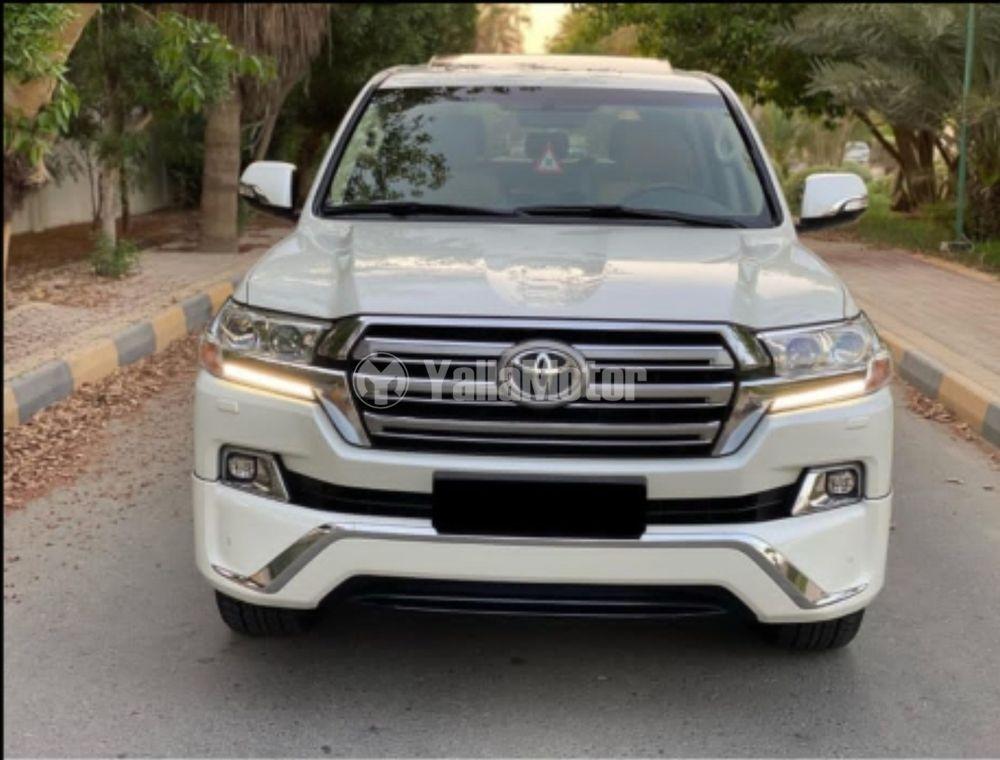 Used Toyota Land Cruiser 4.0L GXR 2017