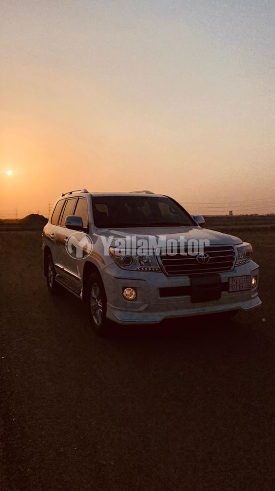 Used Toyota Land Cruiser  4.6L GXR3 2013