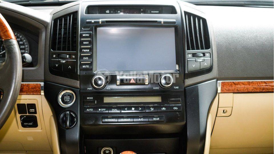 Used Toyota Land Cruiser 2014