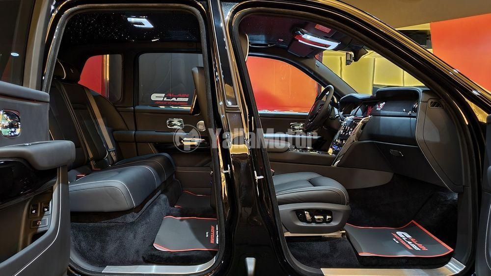 New Rolls Royce Cullinan 2021