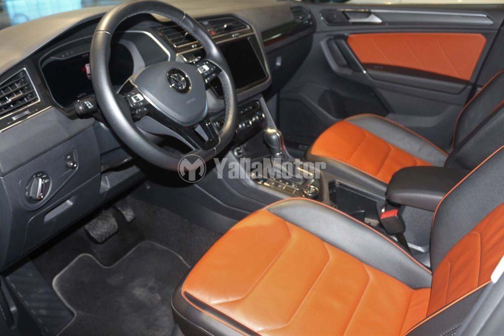 Used Volkswagen Tiguan  2.0L SEL 2018