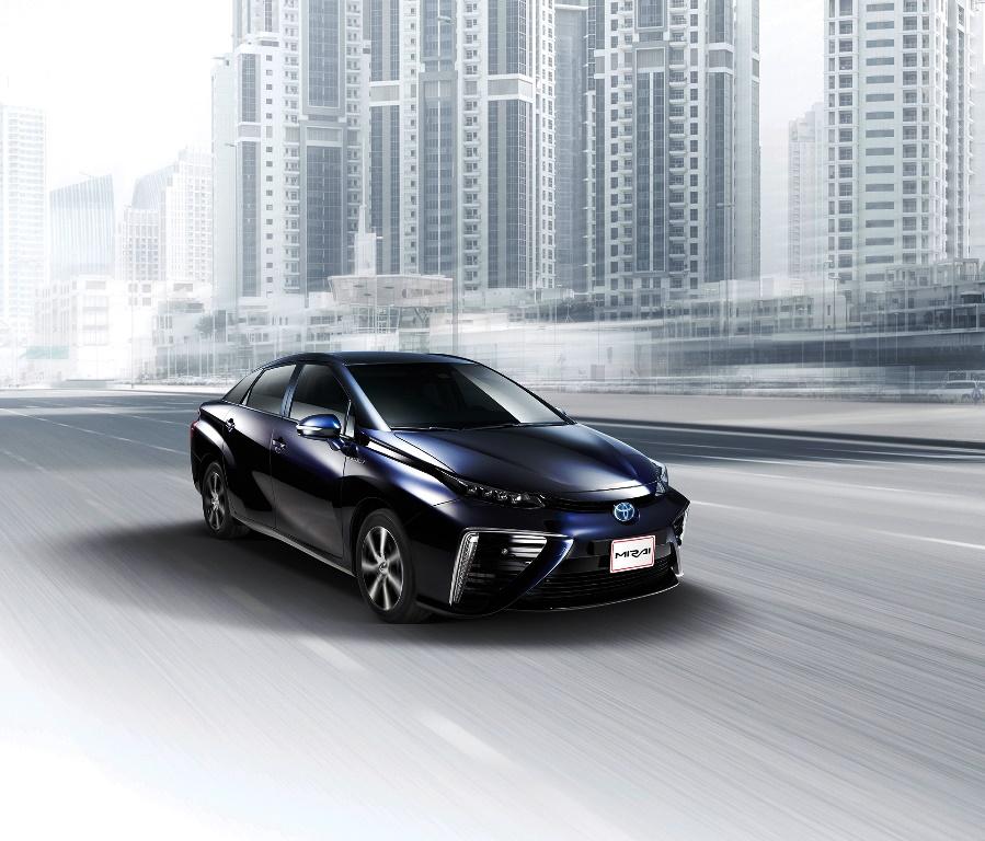 Toyota Mirai Side 2017