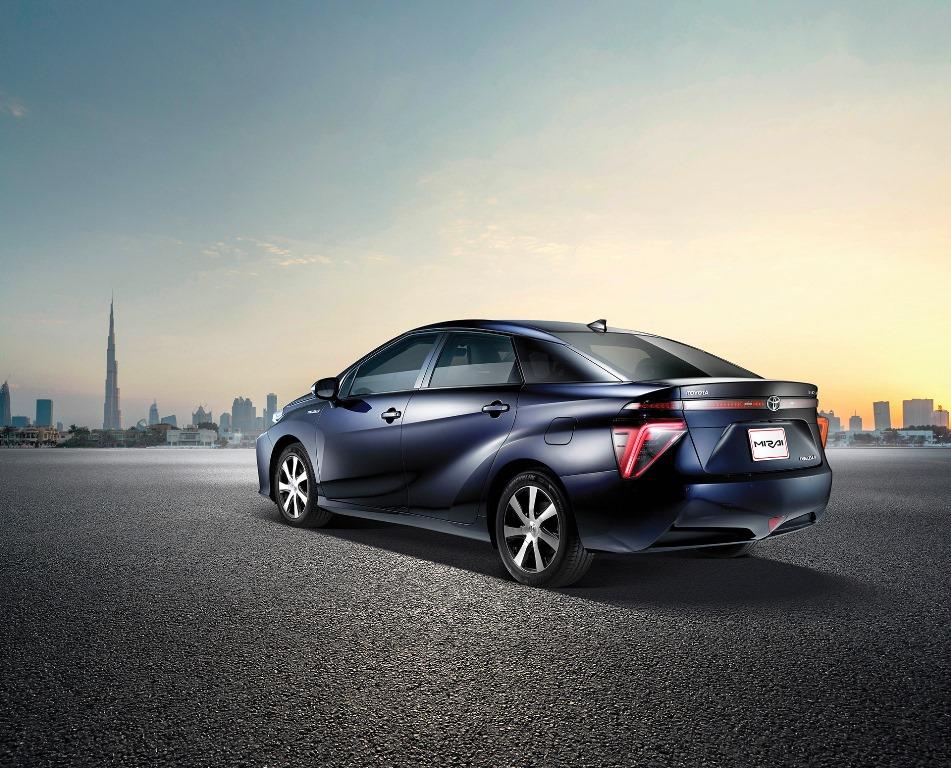 Toyota Mirai Rear 2017