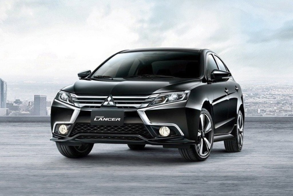 Facelifted Mitsubishi Lancer unveiled in China   Bahrain ...