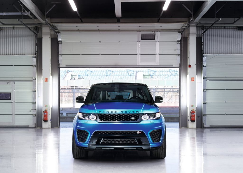 2017 Range Rover Sport SVR Front