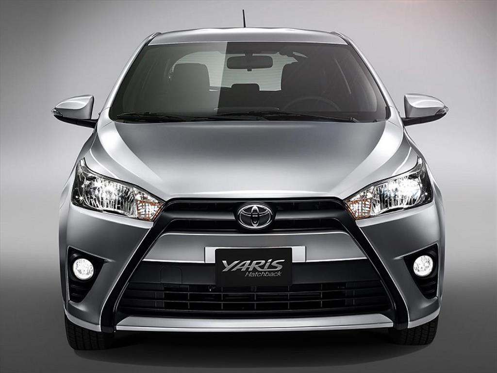 Toyota Yaris Hatchback 2017 Front