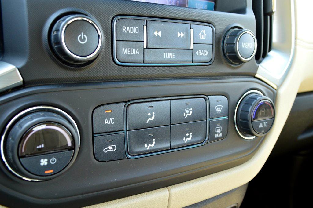 Chevrolet Trailblazer 2017 Interior - 2