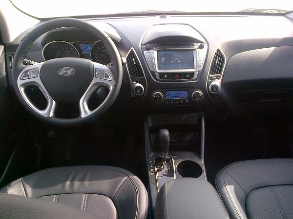 Road Test 2014 Hyundai Tucson Bahrain Yallamotor