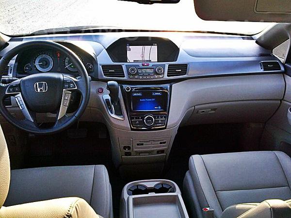 Road Test: 2014 Honda Odyssey   Qatar - YallaMotor