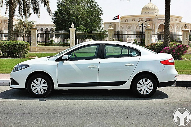 Road Test Review 2015 Renault Fluence Qatar Yallamotor