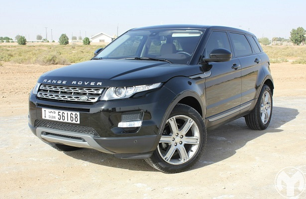 road test review 2015 range rover evoque uae yallamotor. Black Bedroom Furniture Sets. Home Design Ideas