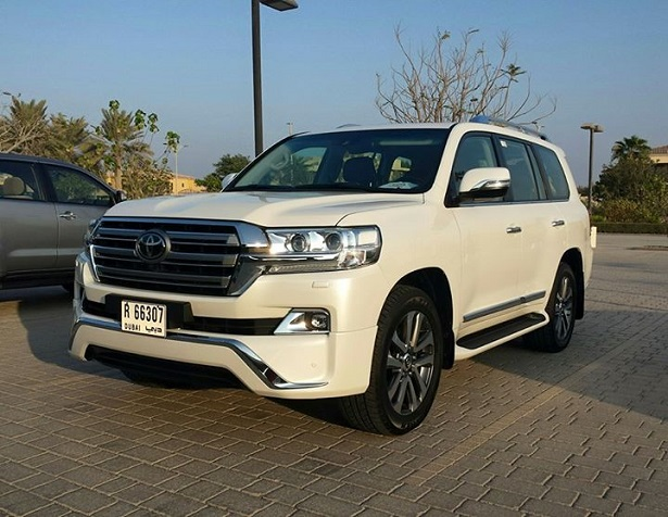 2016 Toyota Land Cruiser Launched And Our First Impressions