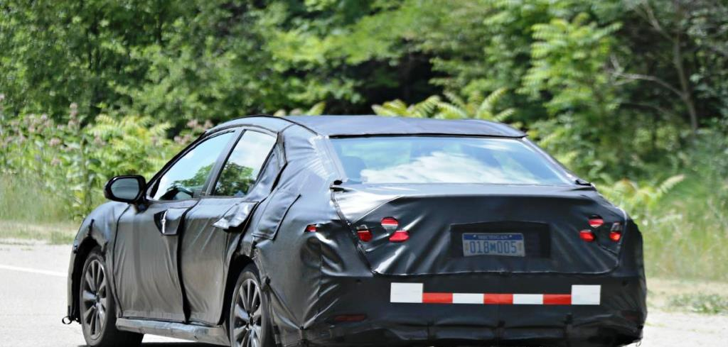 2018 Toyota Camry Spied - Rear