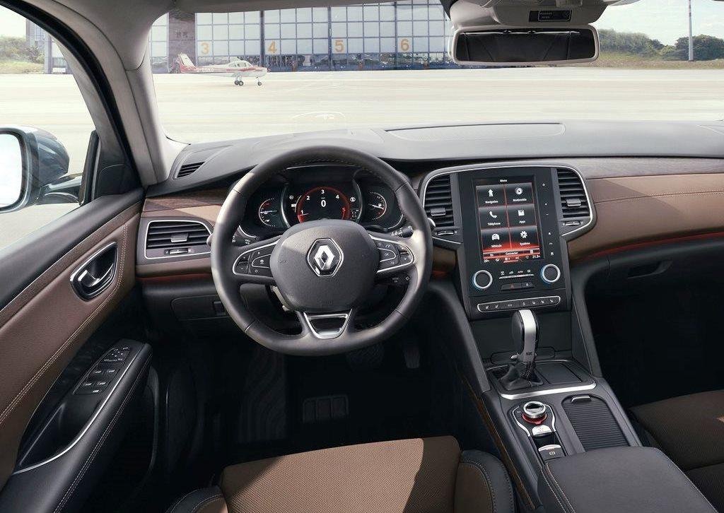 2017 Renault Talisman Interior