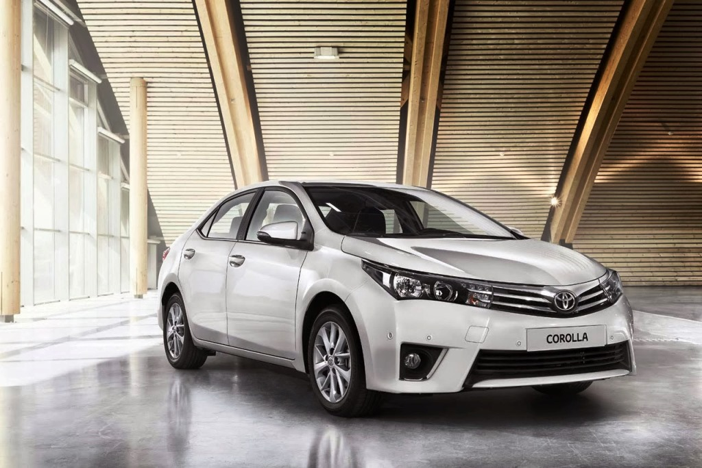 2016 Toyota Corolla Front