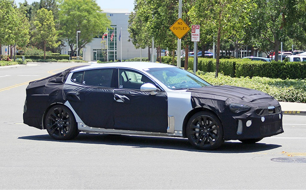 KIA GT Spy Shots