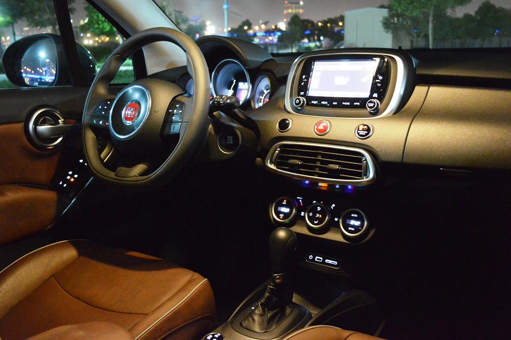 Fiat 500X 2016 - Interior