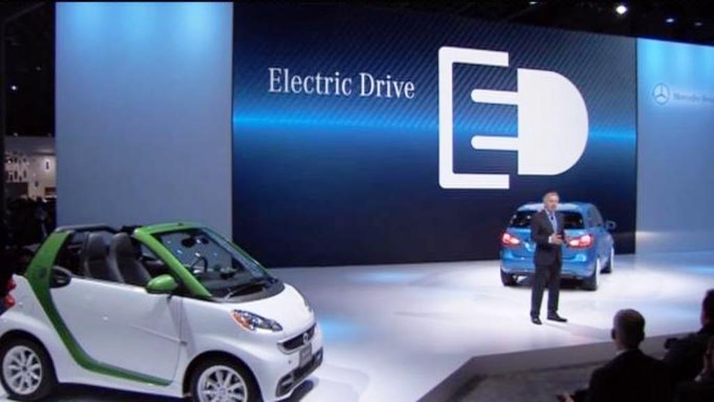 Mercedes-Benz Electric Car EQ - 2
