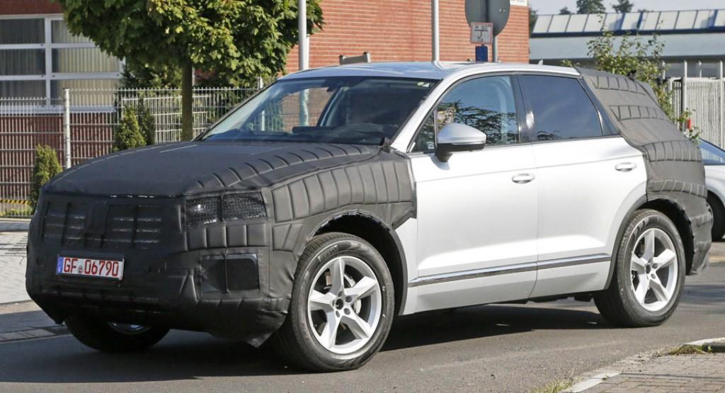 Volkswagen Touareg Spy Shot